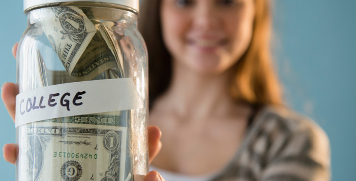 How to manage your college budget